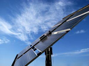 Solarpanel, Solarunternehmen